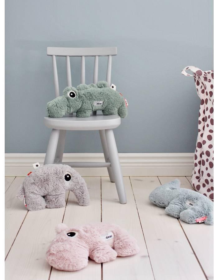 peluche croco 27 cm done by deer dr m design. Black Bedroom Furniture Sets. Home Design Ideas