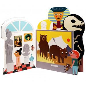 """Livre d'éveil en carton """"Au musée"""" d'Ingela P. Arrhenius"""
