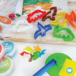 "Kit de pâte à modeler 100% naturelle ""Dinosaures"" (grand)"