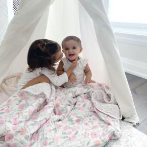 """Couverture de Rêve bébé en mousseline de coton """"Ma Fleur"""" (120 x 120 cm) Aden Anais"""