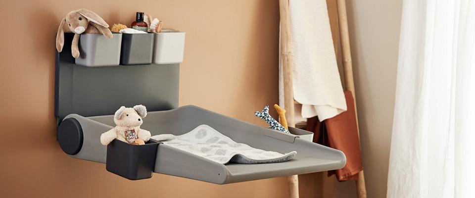 tables langer design en bois et tables langer murales. Black Bedroom Furniture Sets. Home Design Ideas