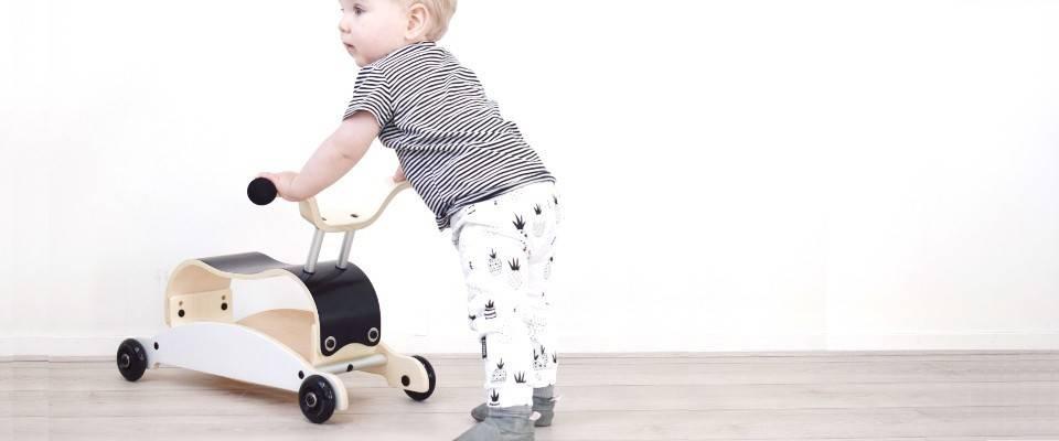 dbad0ab9fc9c Les Porteurs, Marcheurs, Chariots et Jeux à Rouler Enfant - Dröm Design